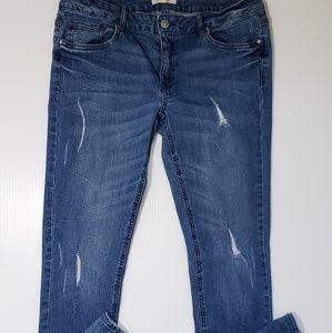Forever 21 Destroyed Stretch Skinny Jeans